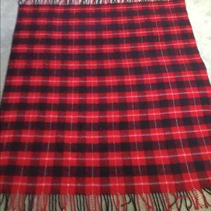 VTG Red Plaid Throw Blanket